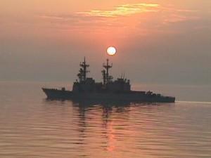 USS Elliot (DD-967) in North Arabian Gulf, circa 1998